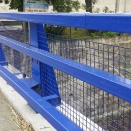 Metal parapets with attached grid or methacrylate solutions