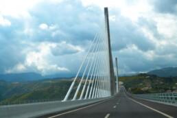 Proyecto Viaducto sobre el río Corgo - Equipamiento de seguridad vial en Metalesa